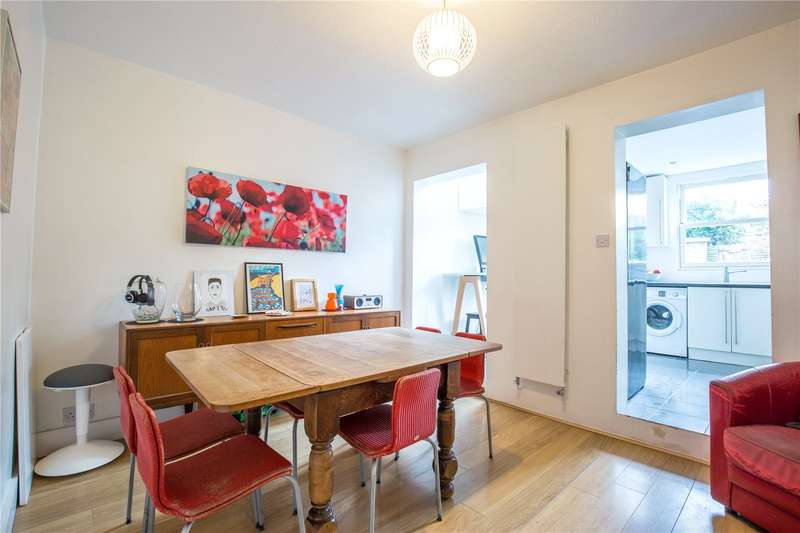 3 Bedrooms Terraced House for sale in Falkland Road, Barnet, Hertfordshire, EN5
