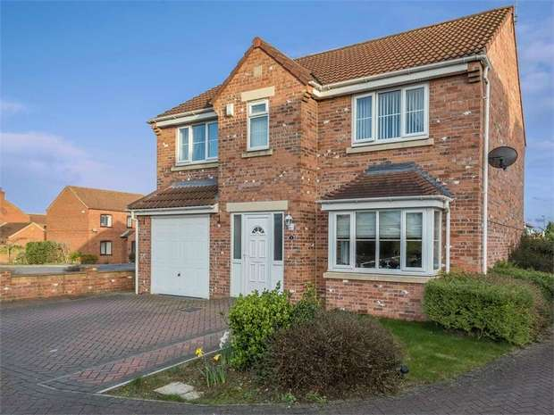 4 Bedrooms Detached House for sale in Doncaster Road, Whitley, North Yorkshire