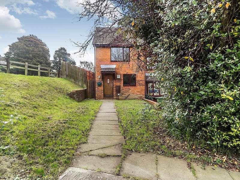 2 Bedrooms End Of Terrace House for sale in Ffordd Ddu , Pyle, Bridgend. CF33 6JG
