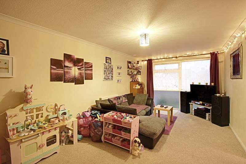 2 Bedrooms Property for sale in London Road, Enfield