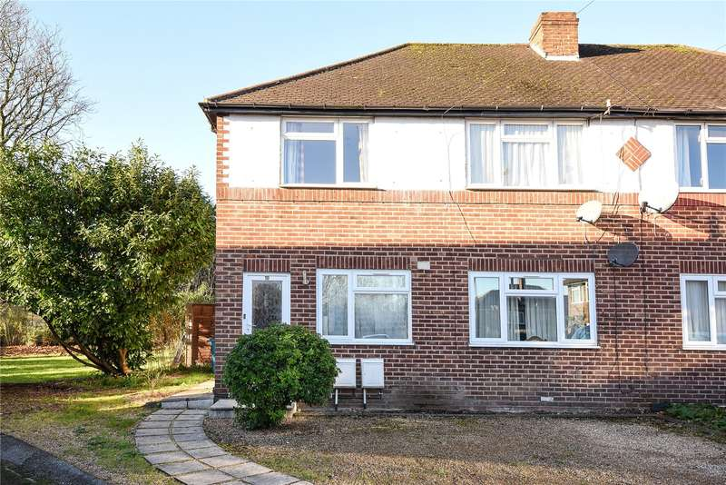 2 Bedrooms Maisonette Flat for sale in Cairn Way, Stanmore, Middlesex, HA7