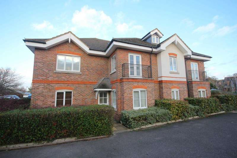 2 Bedrooms Apartment Flat for sale in Kennel Lane, Bracknell