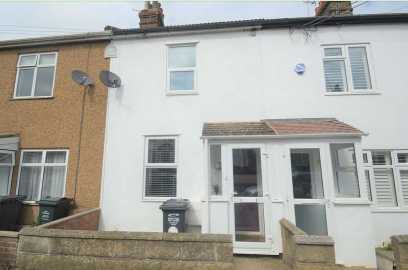 2 Bedrooms House for rent in Kent House Road, Longfield, Kent, DA3 7QR