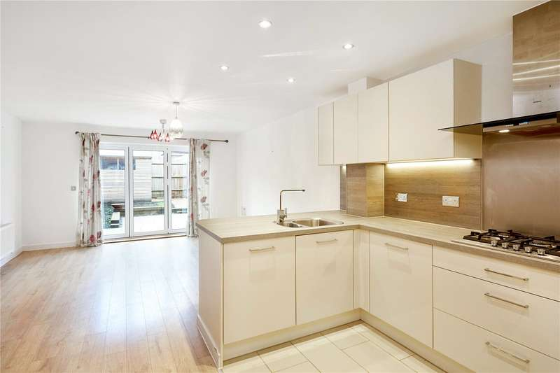 4 Bedrooms Terraced House for sale in Eden Road, Dunton Green, Sevenoaks, Kent, TN14
