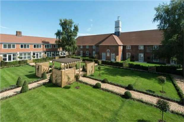 4 Bedrooms Terraced House for sale in Upper Froyle, Nr. Farnham, Hampshire