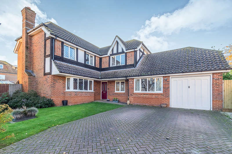 5 Bedrooms Detached House for sale in Four Jubilee Fields, Upchurch, Sittingbourne, ME9