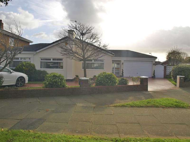 3 Bedrooms Bungalow for sale in Kenilworth Road, Ainsdale, Southport