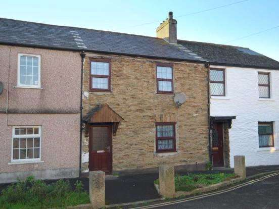 2 Bedrooms Terraced House for sale in Chapel Street, Callington, Cornwall