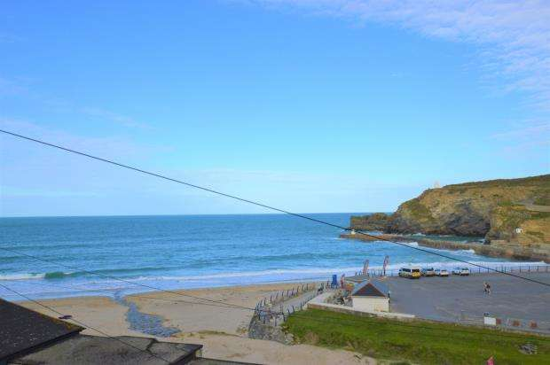 3 Bedrooms Semi Detached House for sale in Battery Hill, Portreath, Redruth, Cornwall
