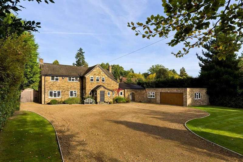 5 Bedrooms Detached House for rent in Meadway, Esher