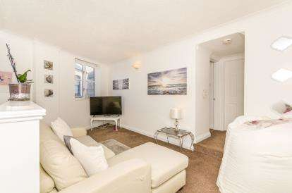 1 Bedroom Flat for sale in Bread Street, Penzance, Cornwall