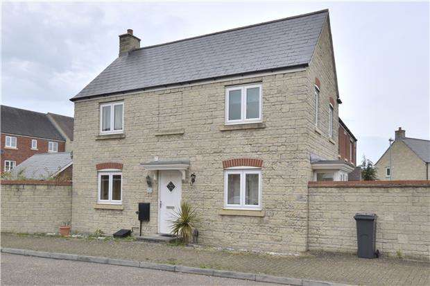 3 Bedrooms Semi Detached House for sale in Daunt Road, Brockworth, GLOUCESTER, GL3 4BW