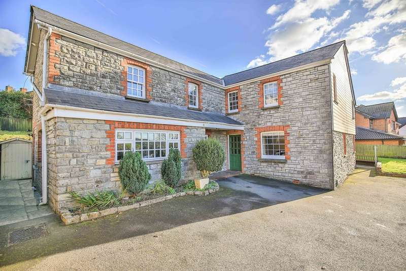4 Bedrooms Detached House for sale in Penlan Road, Llandough, Penarth