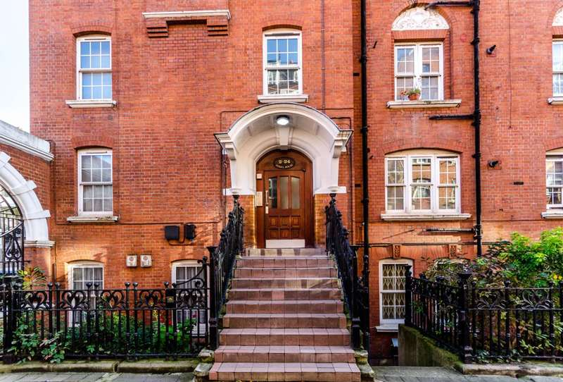 Studio Flat for sale in Page Street, Westminster, SW1P