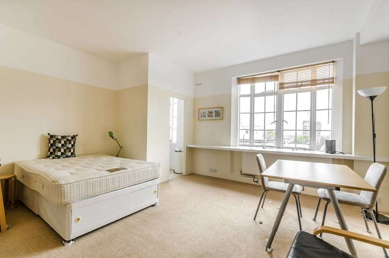 Studio Flat for rent in Upper Woburn Place, Bloomsbury, WC1H