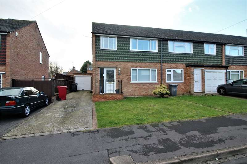 3 Bedrooms Semi Detached House for sale in Kentwood Close, Tilehurst, READING, Berkshire