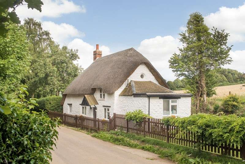 2 Bedrooms Cottage House for sale in Barford Road, South Newington, Banbury