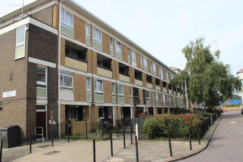 2 Bedrooms Maisonette Flat for sale in Belton Way, Bow