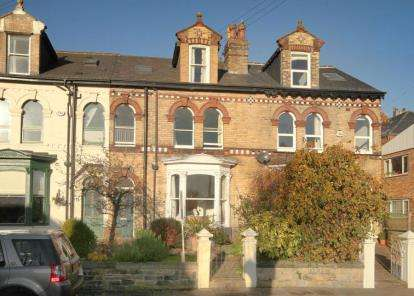 4 Bedrooms Terraced House for sale in Eastgrove Road, Sheffield, South Yorkshire