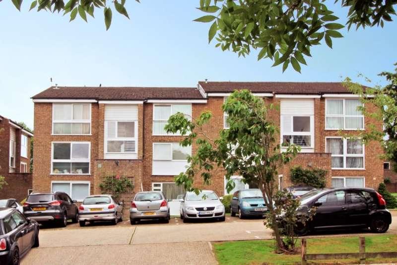 2 Bedrooms Flat for sale in Blair Close, Hemel Hempstead, HP2