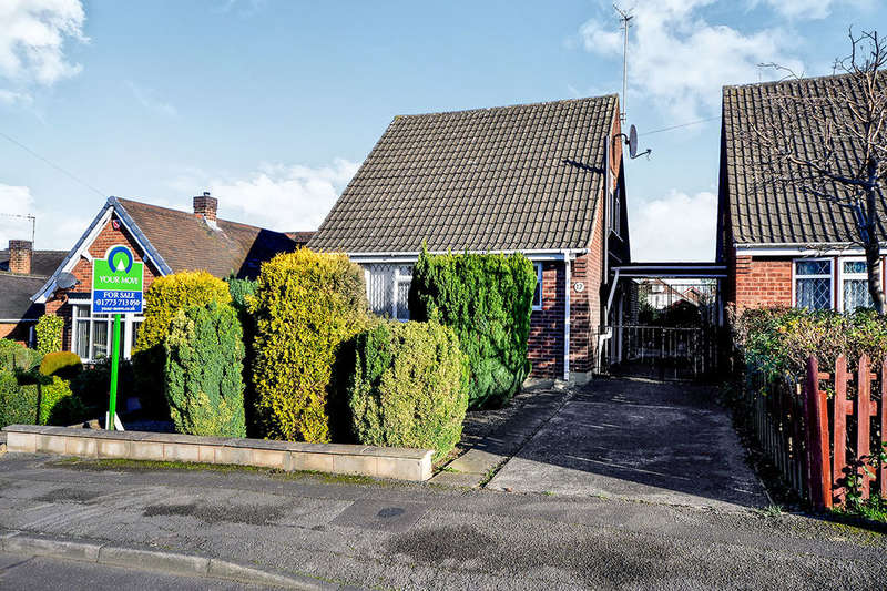3 Bedrooms Detached Bungalow for sale in Kirby Road, Newthorpe, Nottingham, NG16
