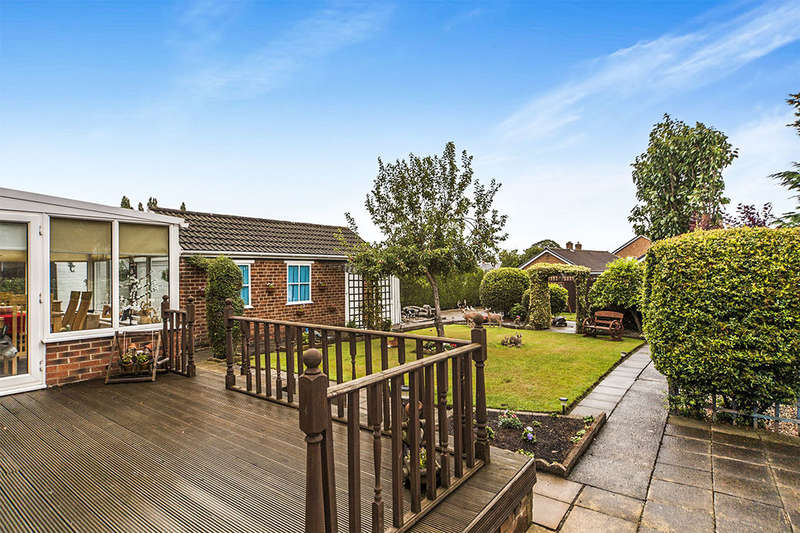 3 Bedrooms Detached Bungalow for sale in Jesmond Road, Darlington, DL1