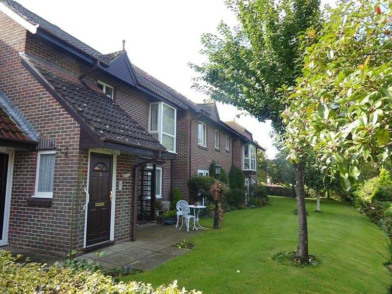 2 Bedrooms Retirement Property for sale in Lincoln Court, Sharon Road, West End, Southampton, SO30