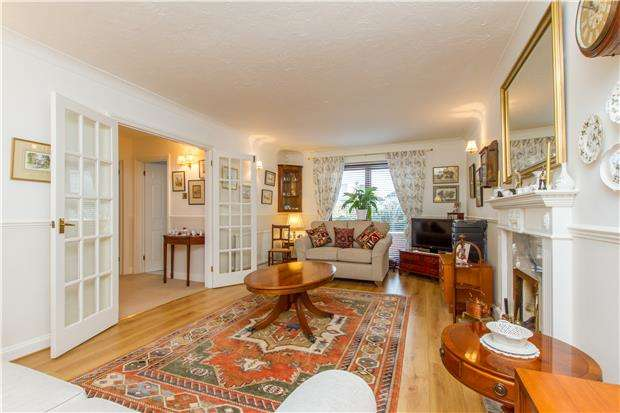 4 Bedrooms Detached House for sale in Conifer Close, Oxford, OX2 9HP