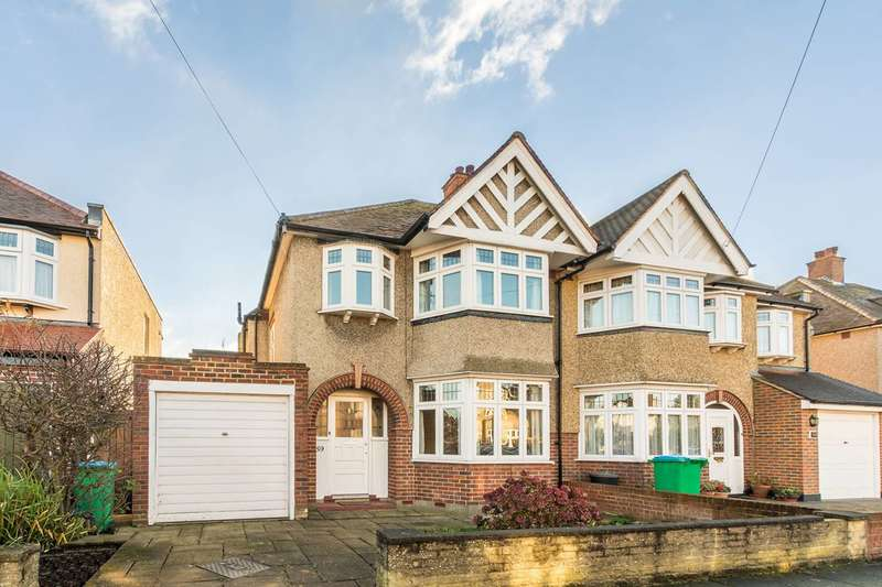 3 Bedrooms House for sale in Strathearn Avenue, Whitton, TW2