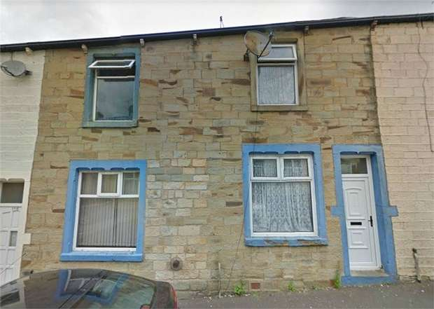 4 Bedrooms Terraced House for sale in Gordon Street, Burnley, Lancashire