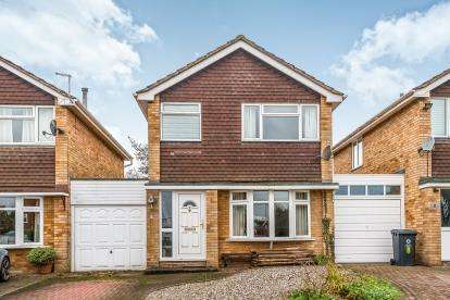 3 Bedrooms Detached House for sale in Marston Close, Wheaton Aston, Stafford, Staffordshire