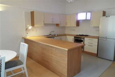 2 Bedrooms Flat for rent in Peveril Drive, The Park, NG7 1DE