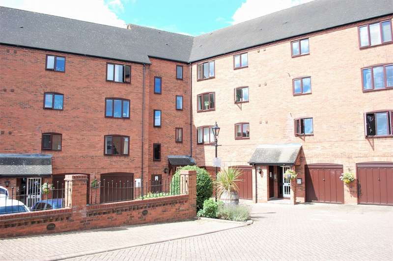 2 Bedrooms Flat for sale in Brewery Street Stratford Upon Avon