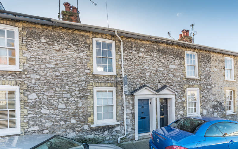 2 Bedrooms Cottage House for sale in Surrey Street, Arundel