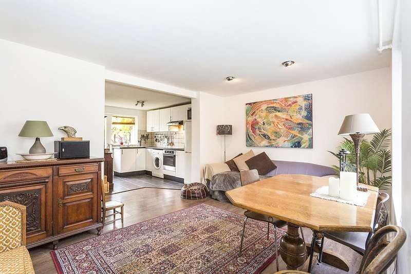 2 Bedrooms Flat for sale in Florence Road, London, SE14