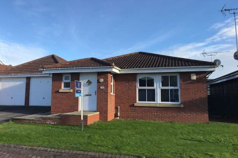 3 Bedrooms Bungalow for sale in Waterdale Close, Bridlington, YO16