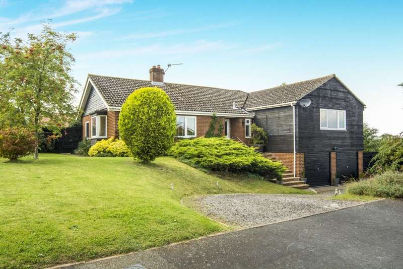 5 Bedrooms Detached House for sale in Douglas Close, Croxton, Thetford, Norfolk IP24 1NF