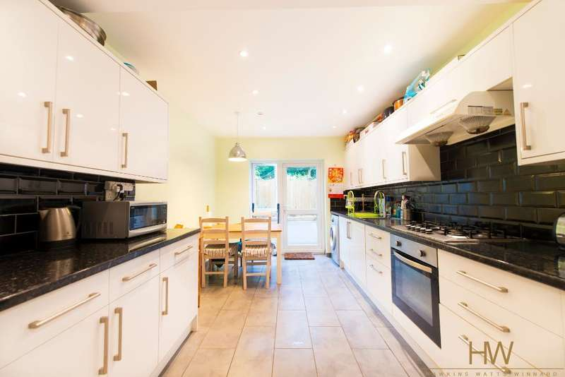 4 Bedrooms Terraced House for sale in Payne Avenue, Hove, East Sussex, BN3 5HD
