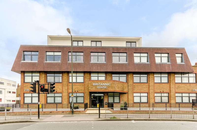Studio Flat for sale in Britannic House, New Malden, KT3