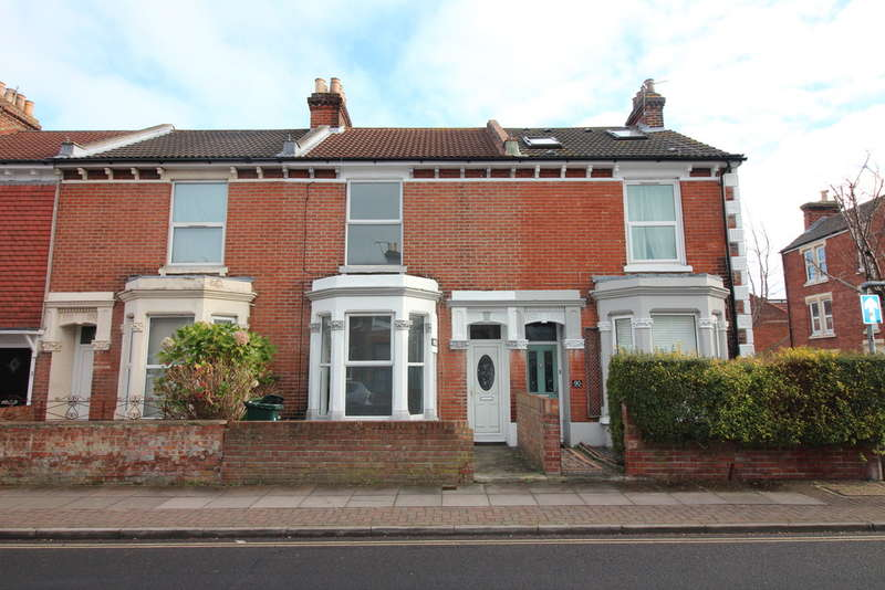 3 Bedrooms Terraced House for sale in Lawrence Road, Southsea