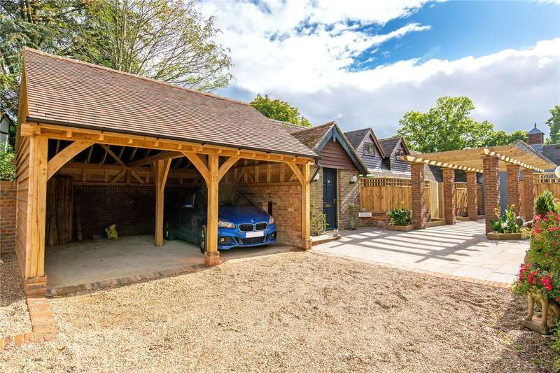 2 Bedrooms Semi Detached Bungalow for sale in Pellingbridge Rose Cottage, Lewes Road, Scaynes Hill, West Sussex, RH17