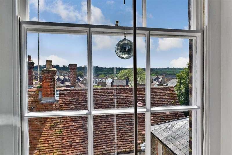 3 Bedrooms Unique Property for sale in Maltravers Street, , Arundel, West Sussex