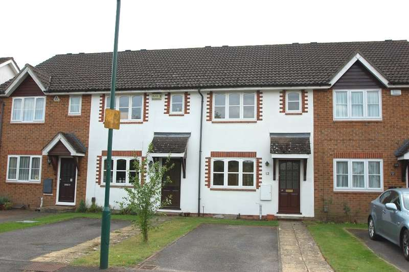 2 Bedrooms Terraced House for rent in White Hart Close, Chalfont St Giles, HP8