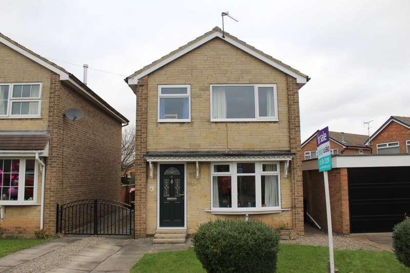 3 Bedrooms Detached House for sale in Springbank Close, Farsley, LS28