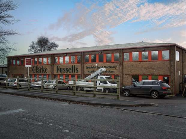 Light Industrial Commercial for rent in First Avenue, Midsomer Norton, Radstock