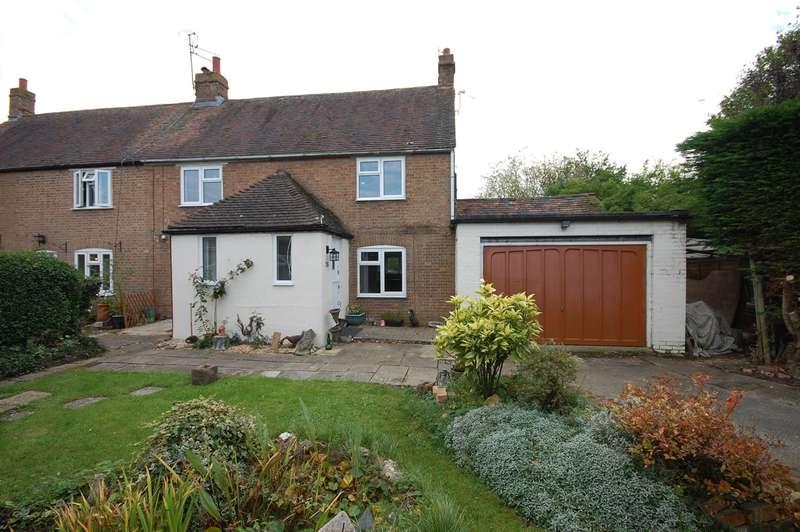 3 Bedrooms Semi Detached House for sale in Lower Green, Westcott, HP18