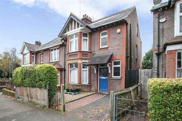 4 Bedrooms Semi Detached House for sale in Alexandra Avenue, Luton, Bedfordshire