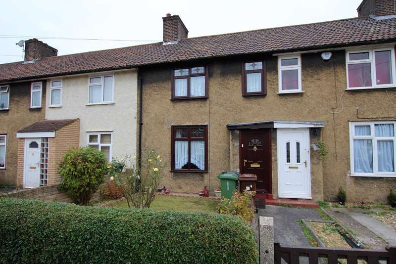 2 Bedrooms Terraced House for sale in Davington Road, Dagenham, Essex, RM8 2LR