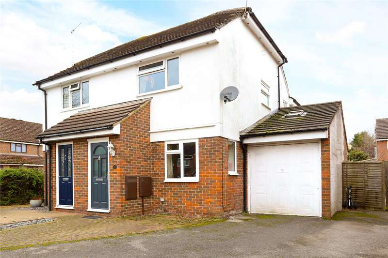 3 Bedrooms Semi Detached House for sale in Gaskell Close, Holybourne, Alton, Hampshire, GU34