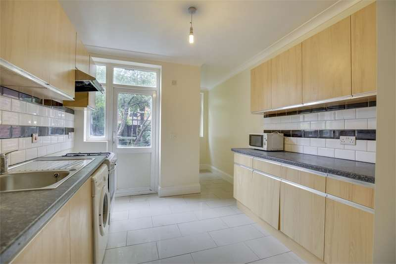 4 Bedrooms Terraced House for sale in Rathcoole Gardens, Crouch End, London